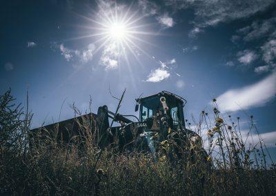 front end loader tractor image